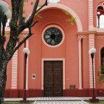 Entrada Iglesia Cruz de los Milagros