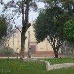 Plaza 25 de Mayo e Iglesia