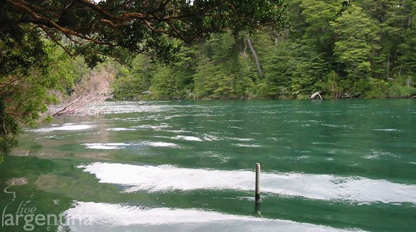 Río Arrayanes Los Alerces